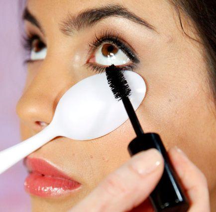 Tip Plastic lepel bij mascara