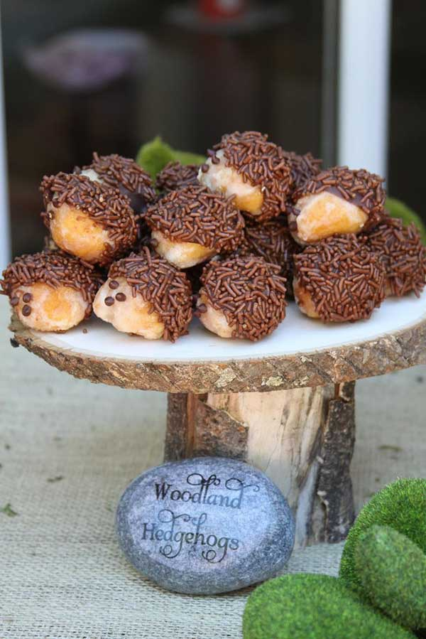 Cute-little-hedgehog-bits-perfect-for-a-woodland-party