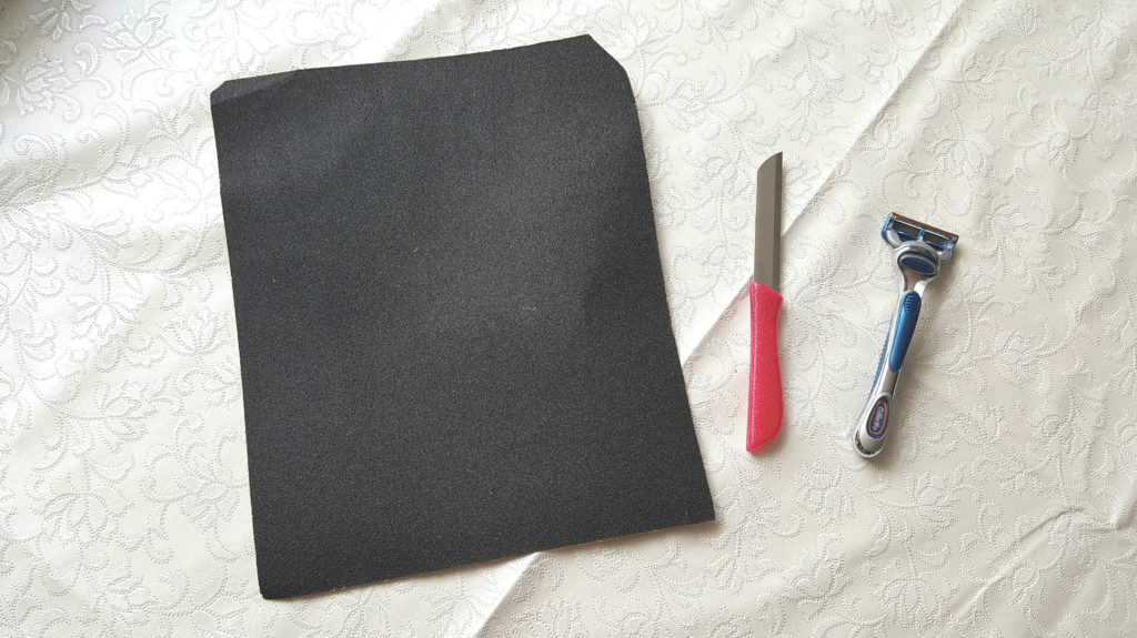 DIY Ripped Jeans Tools